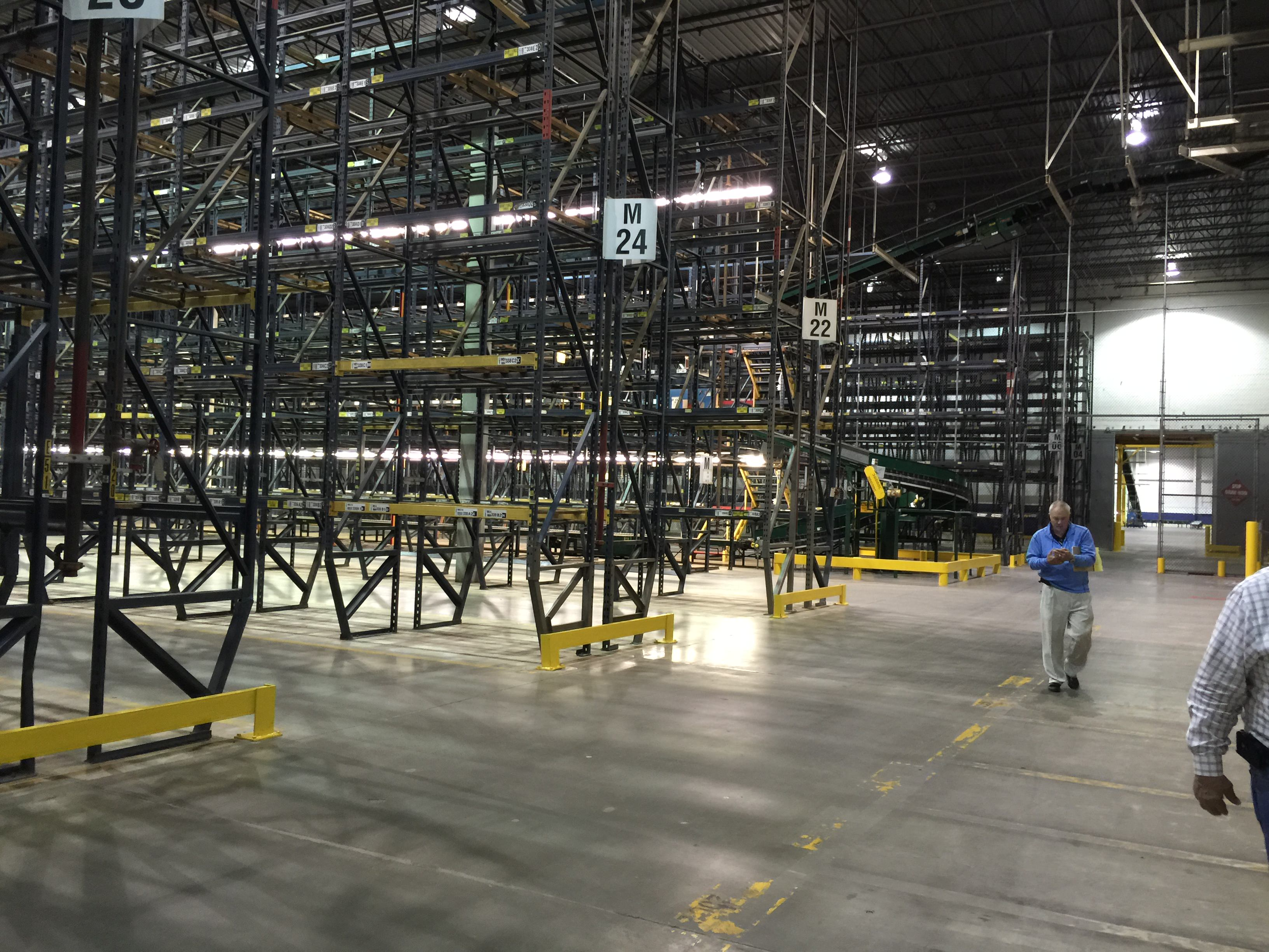 warehouse storage solutions with material handling, installation, pallet raking and warehouse design.