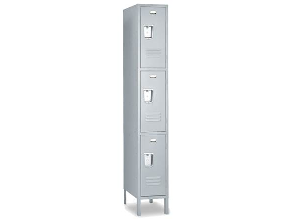 3 Tier 1 Wide Vangurad Locker 1
