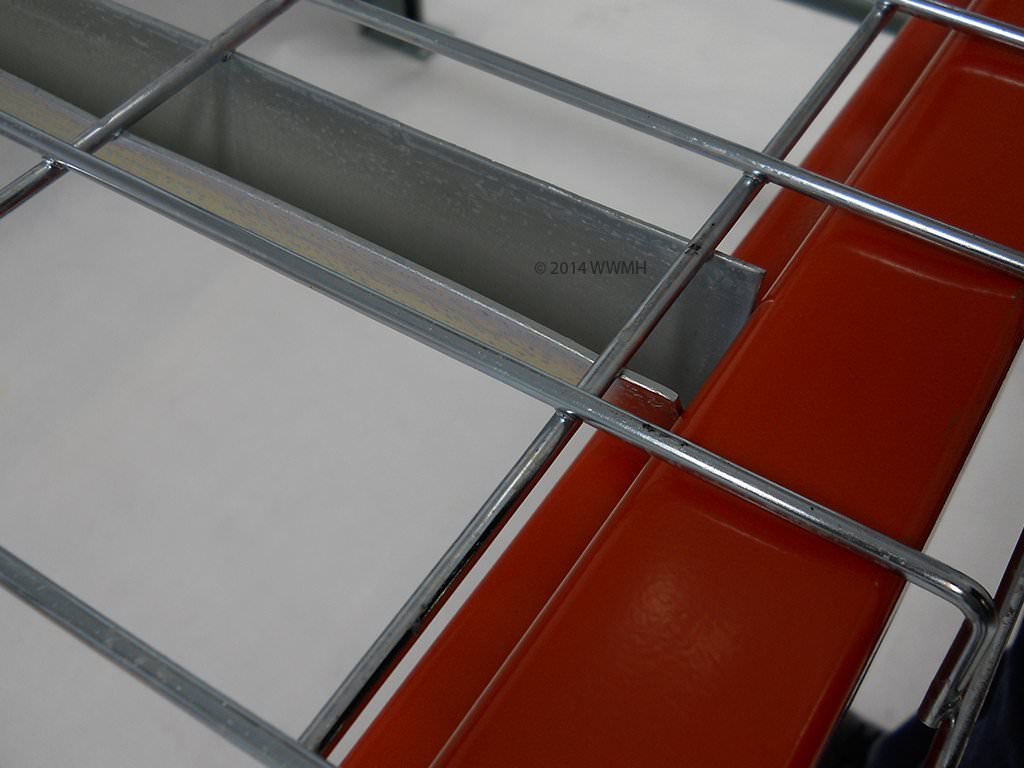 "42"" D x 46"" W Wire Mesh Deck 2500 Lbs. Capacity Standard Waterfall"